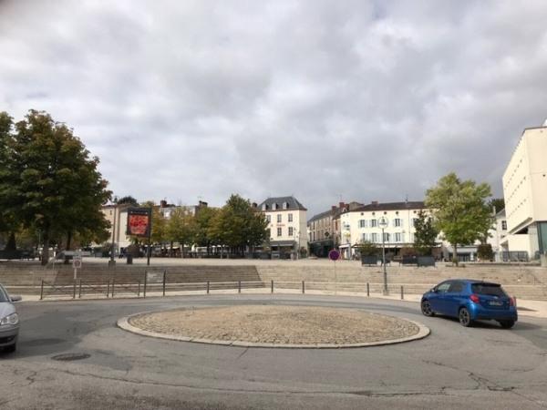 Location Boutique Parthenay