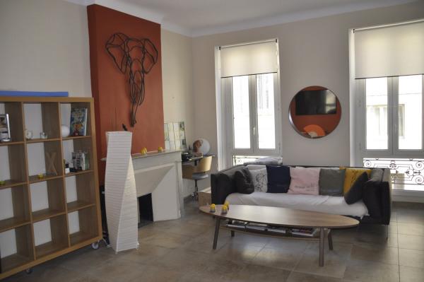 Appartement de type 3 meublé - Marseille 7ème (13007)-1