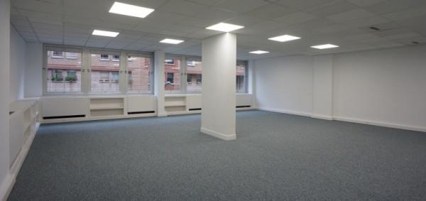 location bureau paris 19 me 75019 bureau paris 19 me de 101 m ref 585. Black Bedroom Furniture Sets. Home Design Ideas