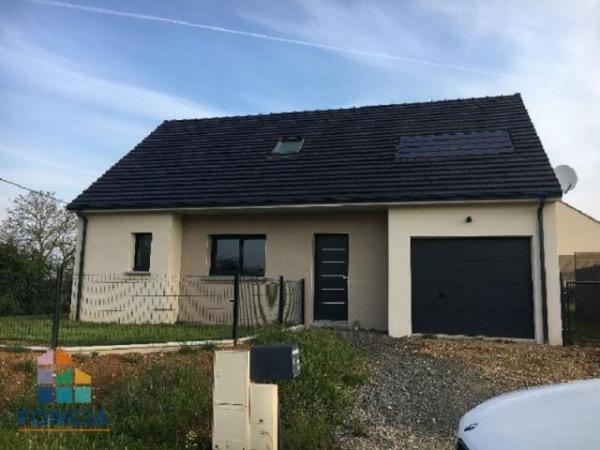 LA GUIERCHE Maison 6 pièces 103.27 m² - La Guierche (72380)-1