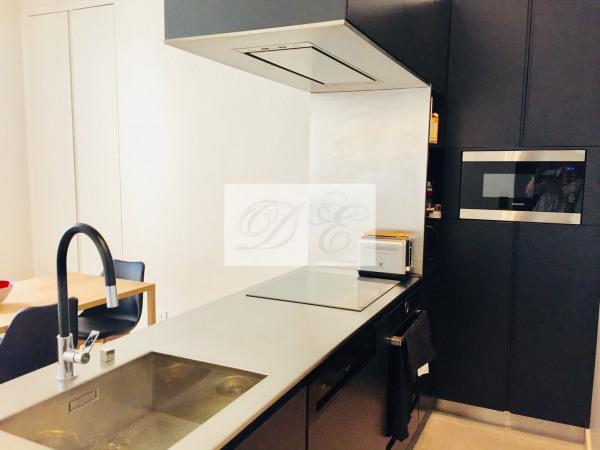 Location Appartement Paris rue de la Trémoille - 92m² - Paris 8ème (75008)-9