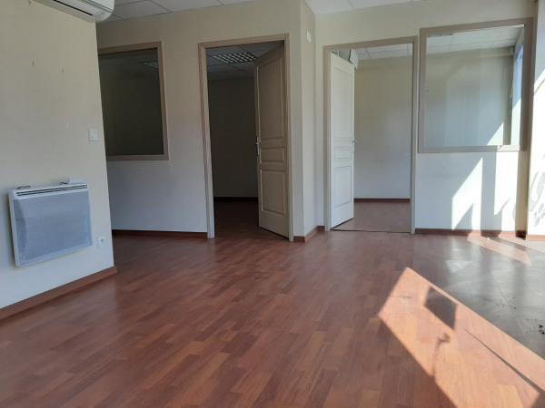 Espaces de bureaux à louer St Vit 114 m² - St Vit (25410)-3