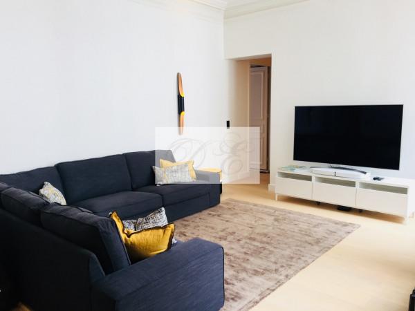 Location Appartement Paris rue de la Trémoille - 92m² - Paris 8ème (75008)-8