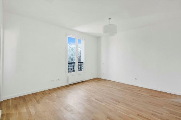 Appartement (1 pièce) à Paris 20ème (75020) - 950 € /mois - 21, - Paris 20ème (75020)-3