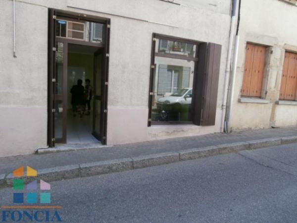Location Local commercial Saint-Symphorien-d'Ozon