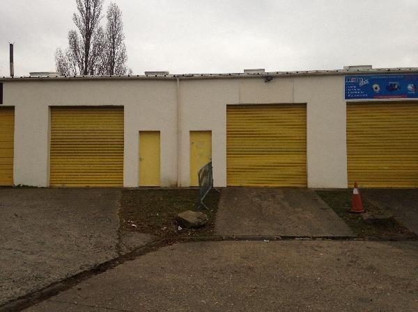 Location Local d'activités / Entrepôt Saint-Witz