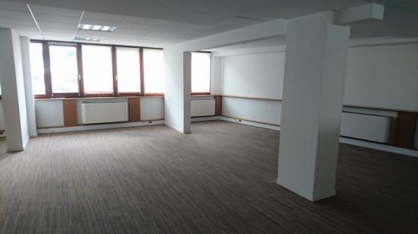 Un bureau à louer val de marne location bureau de
