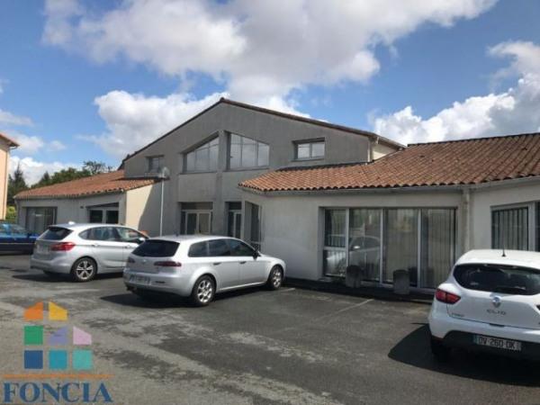 Vente bureau niort deux sèvres 79 1133 m² u2013 référence n° 1198408