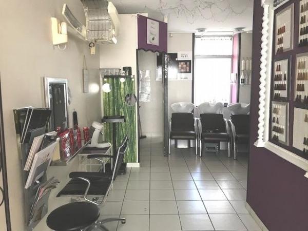 Centre ville - local commercial et bureau pour 76 m² - Rochefort (17300)-3