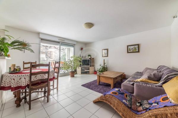 Appartement (3 pièces) à Marseille 6ème (13006) - 950 € /mois - - Marseille 6ème (13006)-3