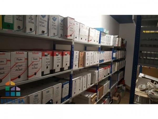 vente bureau clermont ferrand 63000 bureau clermont. Black Bedroom Furniture Sets. Home Design Ideas