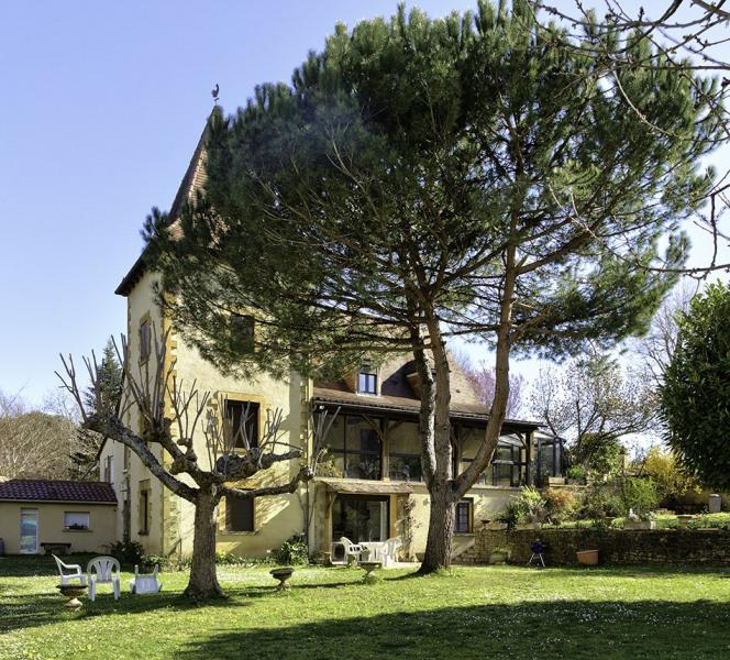 Holiday rentals Sarlat-la-Canéda - B&B - 3 persons - BBQ - Photo N° 1