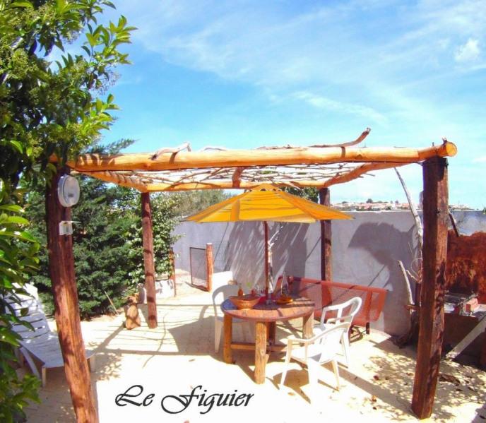 Terrasse : Salon de jardin - barbecue - Ba