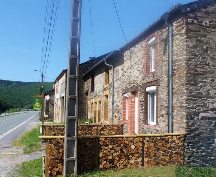 Gîte En Face De La Semoy à Thilay - à 25 km de Charleville-Mézières.