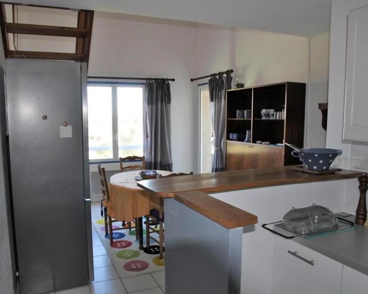 Duplex 65 m2 , spacieux pour 4 pers.  lumineux. Résidence très calme, balcon, parking, vue campagne, 200 mètres centre