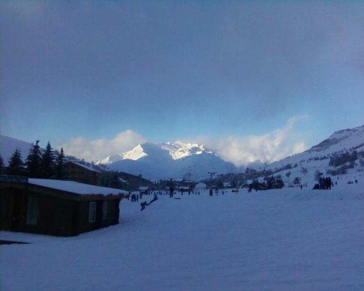 Bel Appartement les 2 Alpes, 85 M2 PLEIN SUD FACE AU GLACIER