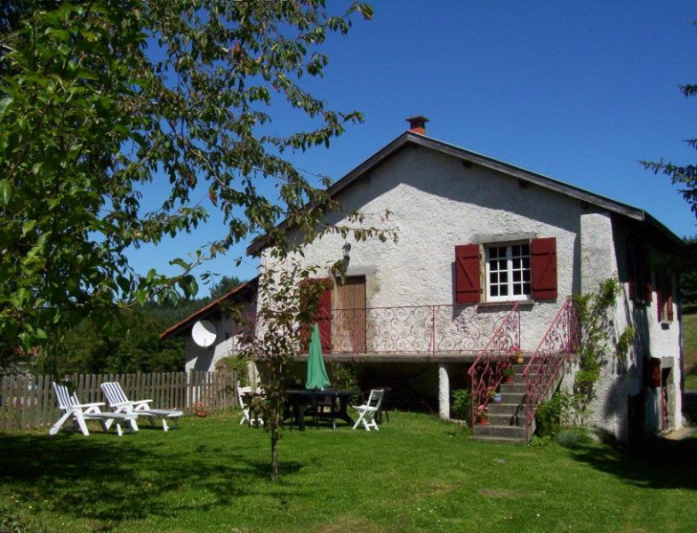 Location vacances Sembadel -  Gite - 5 personnes - Barbecue - Photo N° 1