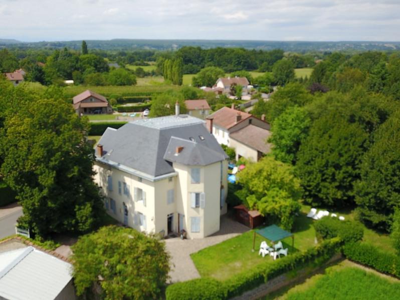 Location vacances Mariol -  Chambre d'hôtes - 15 personnes - Jardin - Photo N° 1