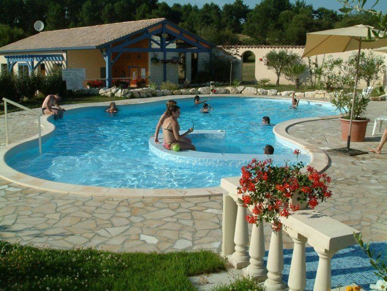 Location vacances Saint-Rémy -  Gite - 4 personnes - Barbecue - Photo N° 1
