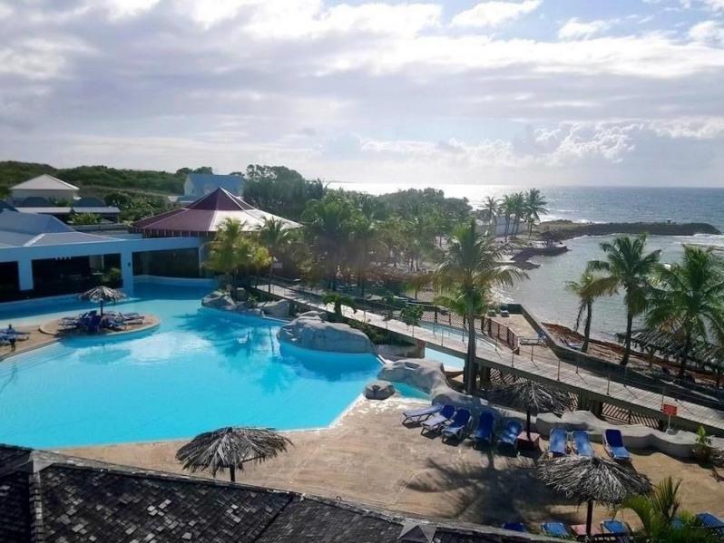 Location avec accès plage et piscine