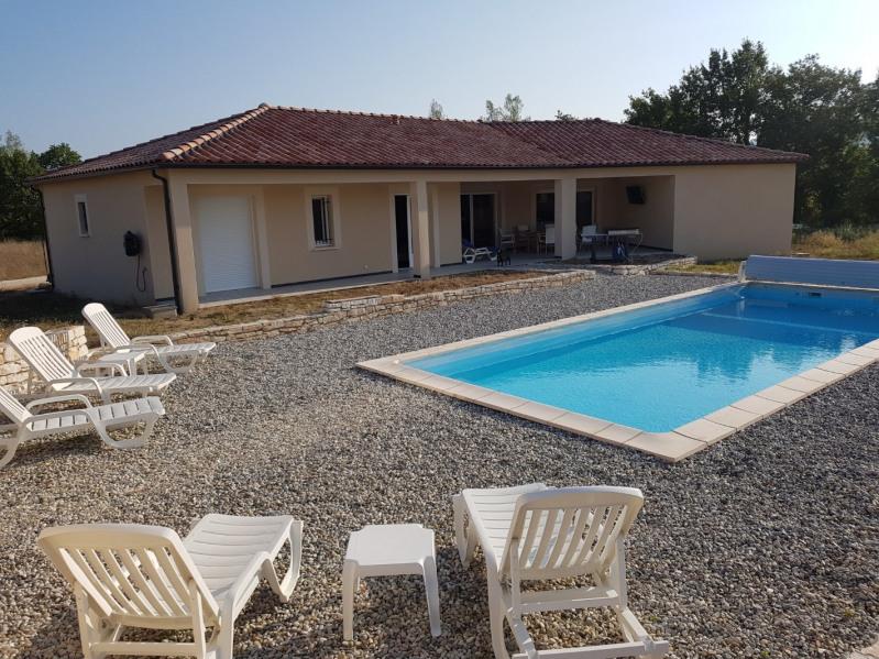 Location vacances Beaulieu -  Maison - 8 personnes - Chaise longue - Photo N° 1