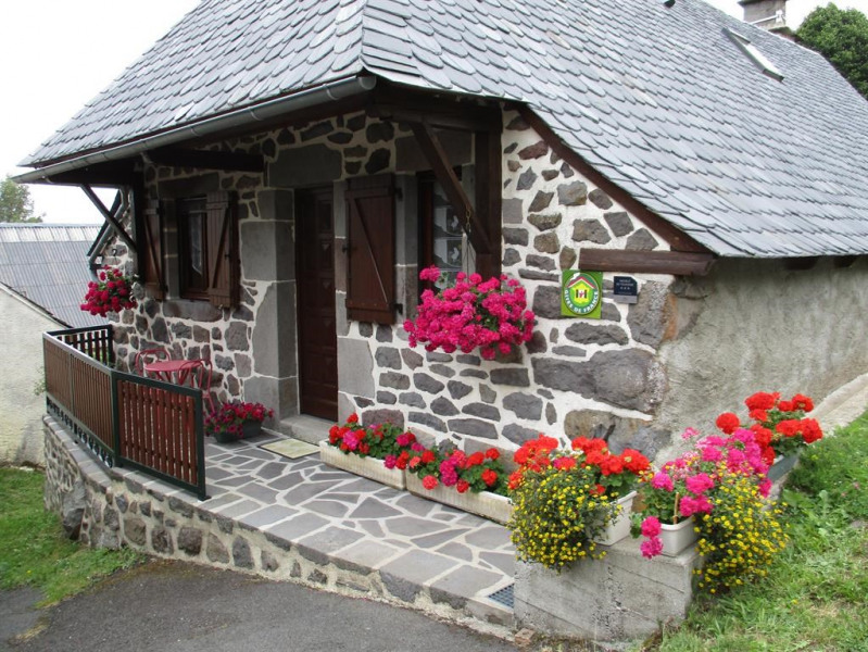Location vacances Albepierre-Bredons -  Gite - 2 personnes - Barbecue - Photo N° 1