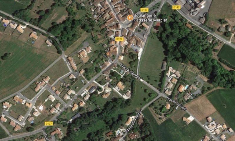 Terrain  de 895 m² Pisany par BERMAX CONSTRUCTION