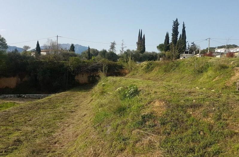 Vente terrain constructible saint martin du var 948m 160000 for Combien coute un terrain constructible