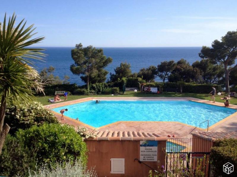Appartement saint mandrier sur mer pour 6 personnes for Residence vacances france avec piscine