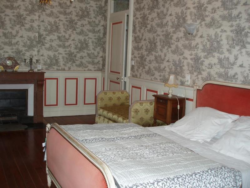 Location vacances Sainte-Foy-Saint-Sulpice -  Chambre d'hôtes - 5 personnes - Jardin - Photo N° 1