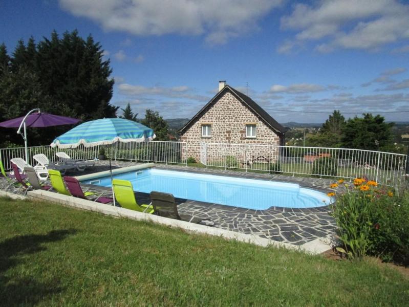 Location vacances Objat -  Maison - 12 personnes - Barbecue - Photo N° 1