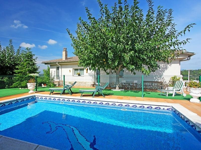 Location vacances Tordera -  Maison - 7 personnes - Barbecue - Photo N° 1