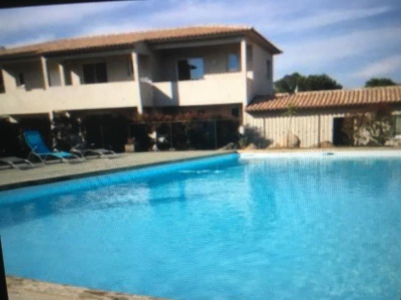 Appartement pour 4 pers. avec piscine, Porto-Vecchio