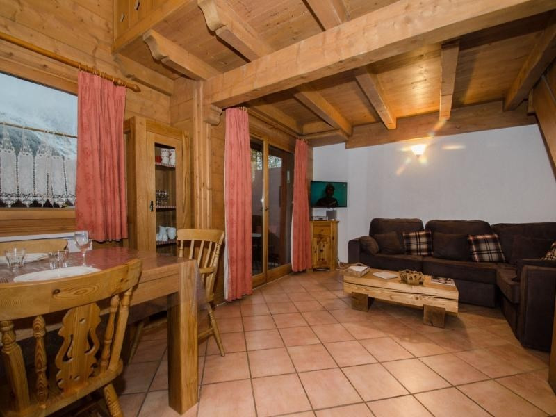 Bel appartement pour 6/8 pers. face à la chaine du Mont Blanc