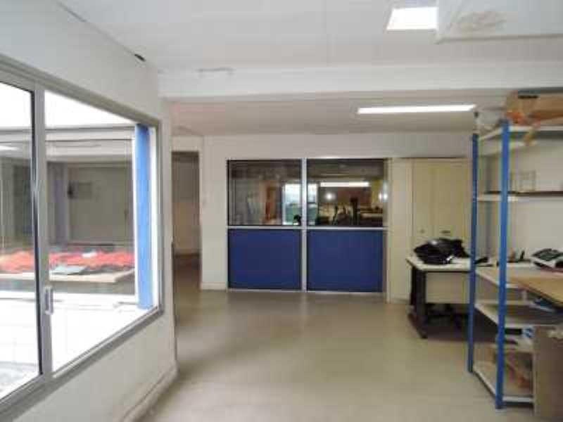Location bureau paris 13 me paris 75 191 m r f rence for Bureau de poste paris 13 tolbiac