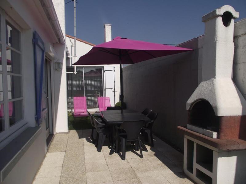 photo extérieure -  terrasse - barbecue