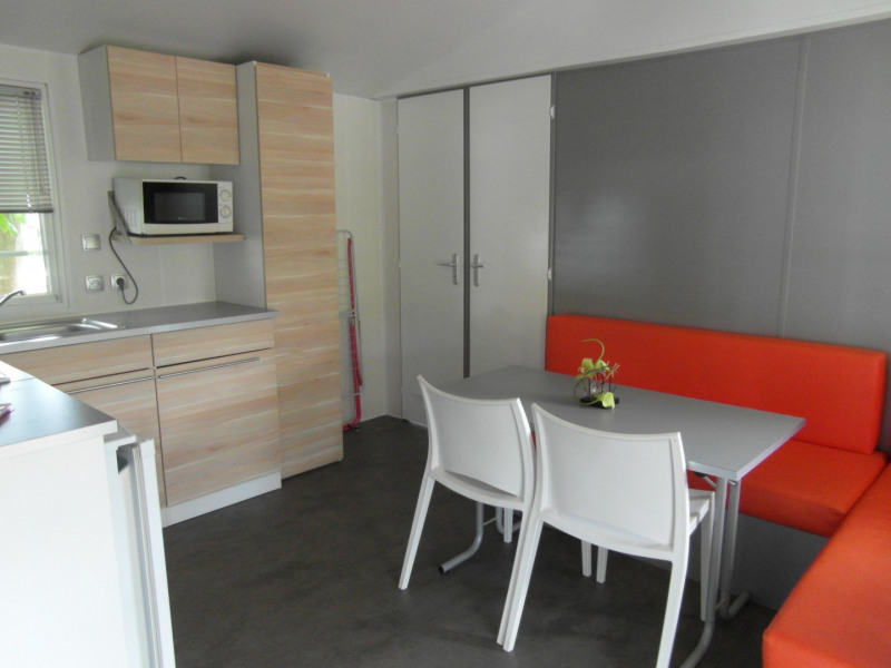 mobil-home  4 places , 2 chambres