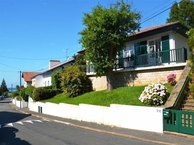 """Villa """"Basque""""- maison avec terrasse et jardin"""
