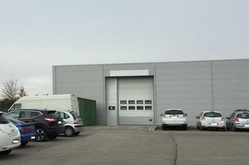 Location Local d'activités / Entrepôt Venelles