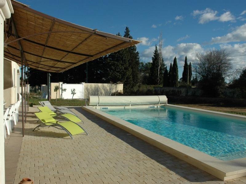VILLA DE VACANCES moderne -piscine chauffée 10-18 personnes (option: 2 toits possibles)  (