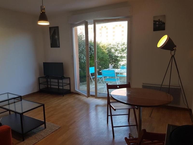 Location vacances Le Verdon-sur-Mer -  Appartement - 6 personnes - Salon de jardin - Photo N° 1