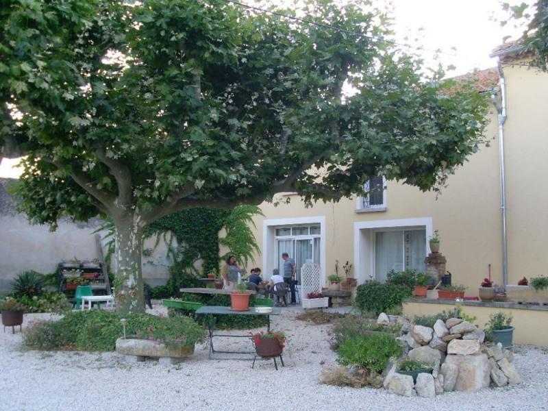 Location vacances Monteux -  Gite - 4 personnes - Jardin - Photo N° 1