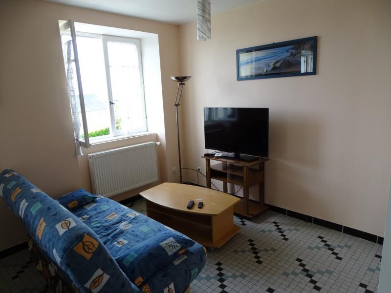 Location vacances Plomodiern -  Appartement - 4 personnes - Barbecue - Photo N° 1