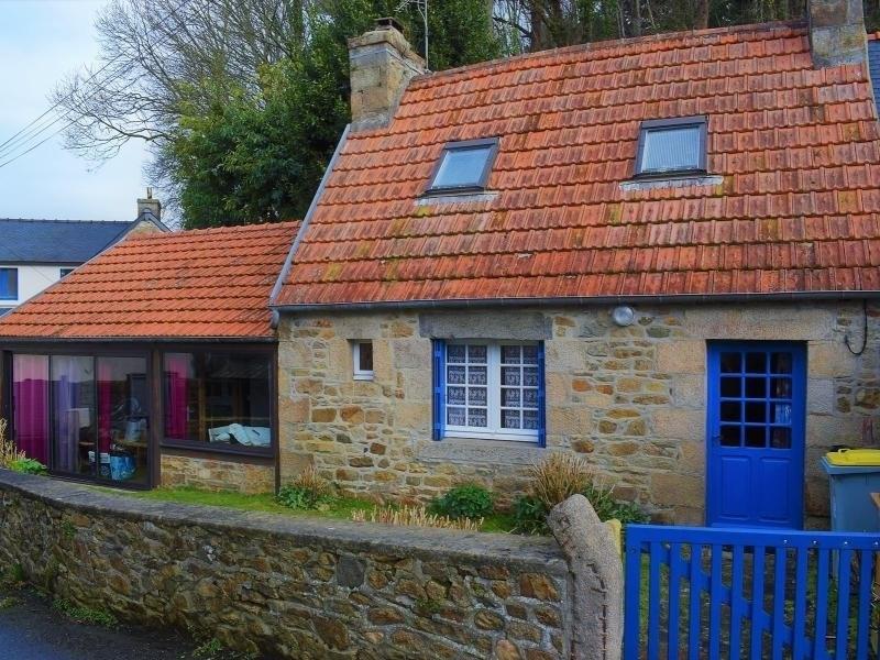 Maison bretonne en pierre 6 personnes avec jardinet clos à LOUANNEC