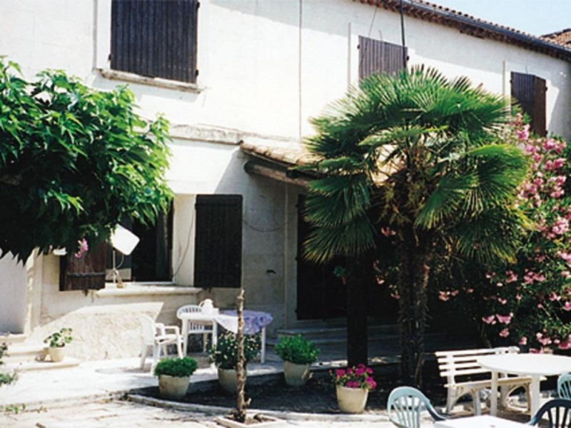 Location vacances Fontvieille -  Gite - 5 personnes - Jardin - Photo N° 1