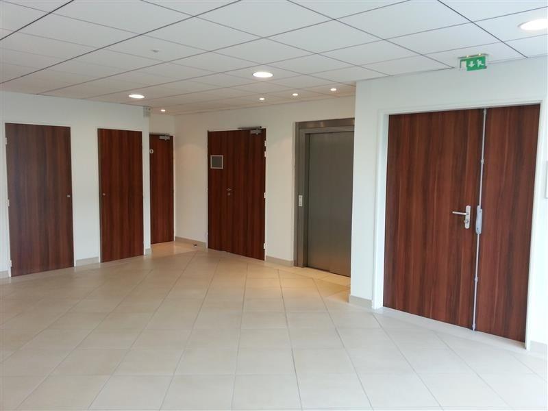 location bureau chelles p richelles saint hubert centre. Black Bedroom Furniture Sets. Home Design Ideas