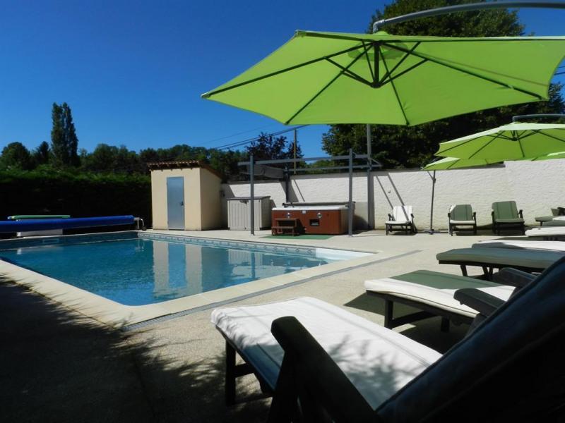 Location vacances Sarlat-la-Canéda -  Maison - 13 personnes - Barbecue - Photo N° 1