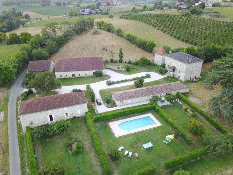 Location vacances Saint-Robert -  Maison - 5 personnes - Barbecue - Photo N° 1