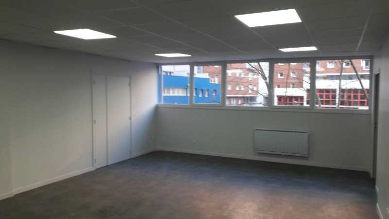 location bureau pantin mairie ourcq 93500 bureau pantin mairie ourcq de 84 5 m ref 629988w. Black Bedroom Furniture Sets. Home Design Ideas