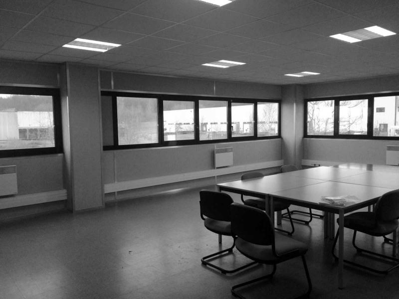 location bureau warluis oise 60 170 m r f rence n 511711. Black Bedroom Furniture Sets. Home Design Ideas